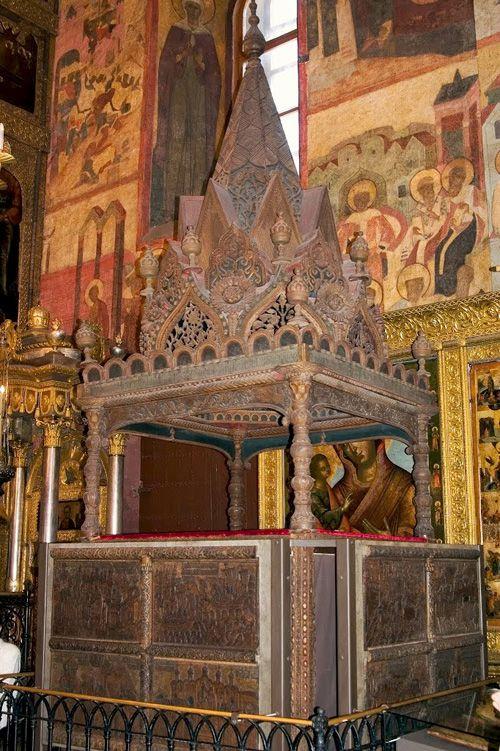 Мономахов трон в Успенском соборе