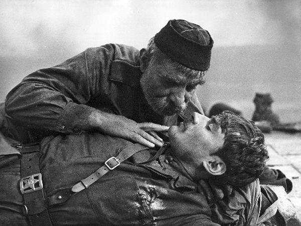 Кадр из фильма «Отец солдата»