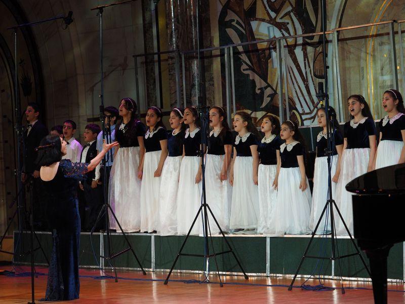 Хор воскресной школы при московском духовно-просветительском центре «Айордеац тун» Армянской апостольской церкви